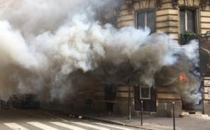 Les blacks blocs menacent, les parisiens trinquent!