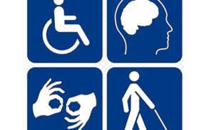 Des handicapés mécontents manifestent contre Macron