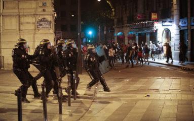 Violences policières: des avocats saisissent le défenseur des droits pour examiner les consignes du Préfet