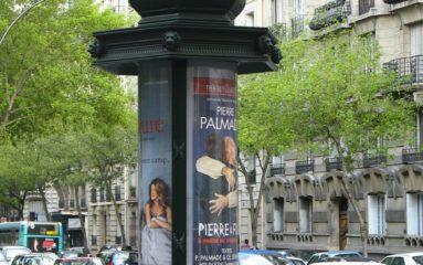 Les colonnes Morris disparaissent du paysage parisien