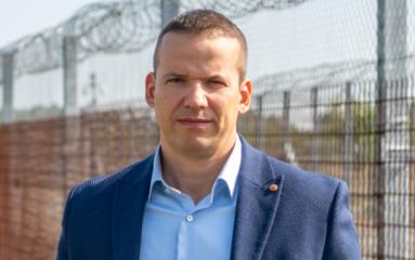 Covid-19: Un maire hongrois s'interroge sur la propagation et ses conséquences