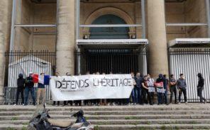 Face aux déboulonnages: l'Action Française «défend l'héritage»