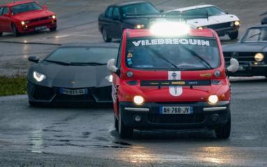 «Vilebrequin»: 1 000 chevaux dans un Fiat Multipla!