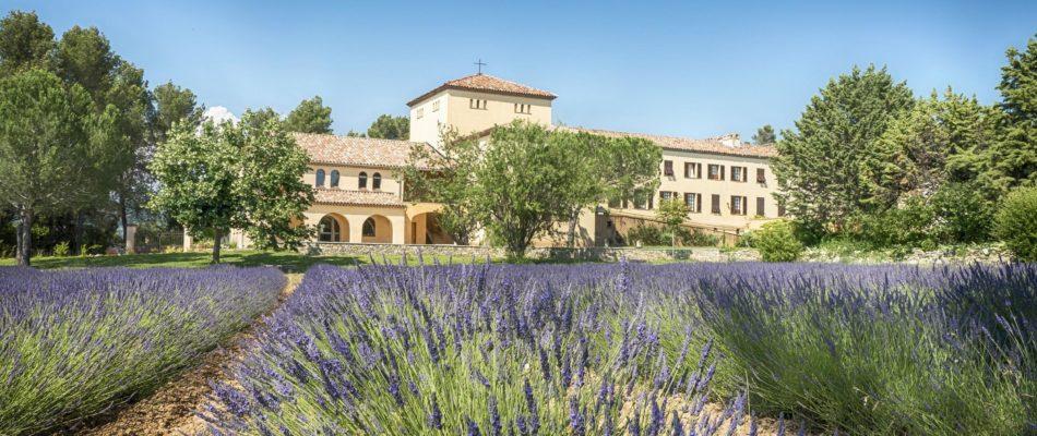 L'abbaye de Jouques : un peu d'histoire et son artisanat monastique actuel !