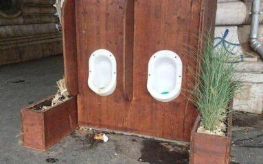 Paris : les urinoirs du boulevard de la Chapelle retirés