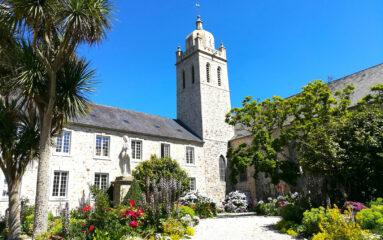 Des moines qui vendent des pâtés : bienvenue à l'abbaye de Bricquebec !