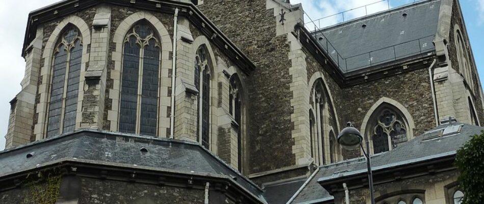 La basilique Notre-Dame du Perpétuel Secours retrouve ses croix