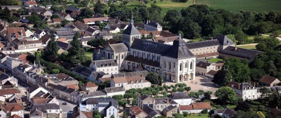 Les moines de l'abbaye de Fleury : dignes héritiers de saint Benoît et de bons bonbons !