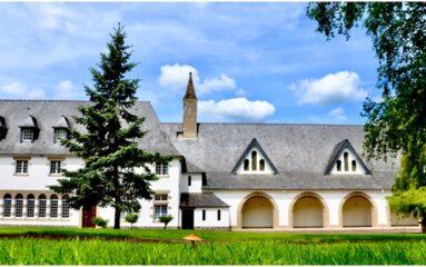 A la découverte de l'abbaye de la Coudre, spécialisée dans … les flans !